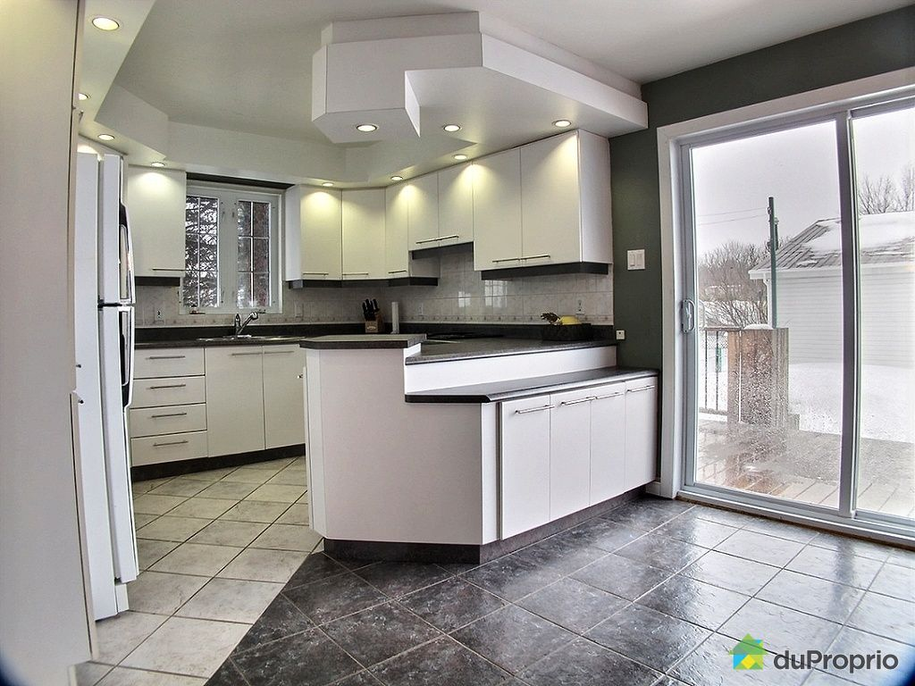 maison vendu st roch de richelieu immobilier qu bec duproprio 493167. Black Bedroom Furniture Sets. Home Design Ideas
