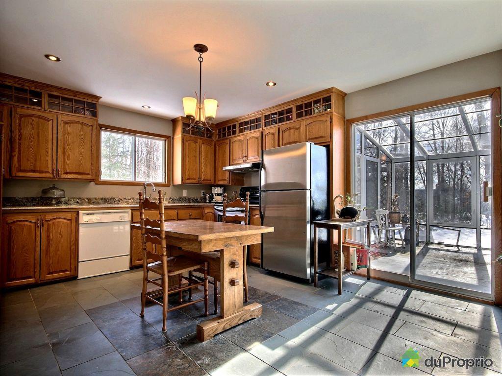 maison vendre st urbain premier 126 mont e grande. Black Bedroom Furniture Sets. Home Design Ideas
