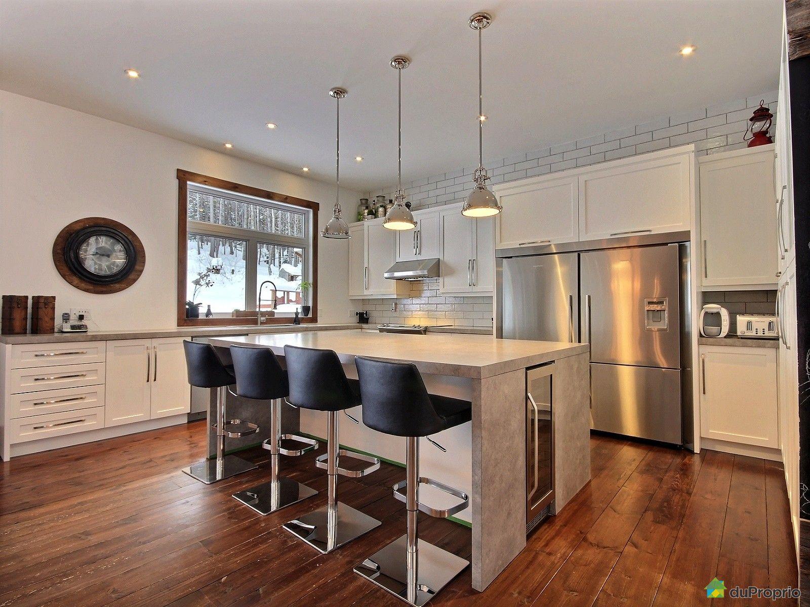 Maison vendre ste brigitte de laval 161 rue auclair for Atelier de cuisine laval