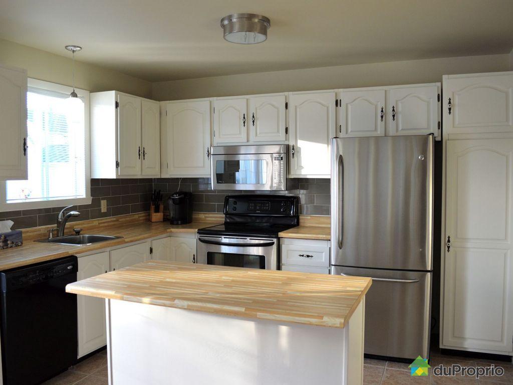 Maison vendu varennes immobilier qu bec duproprio 445172 for Ares cuisine pointe claire