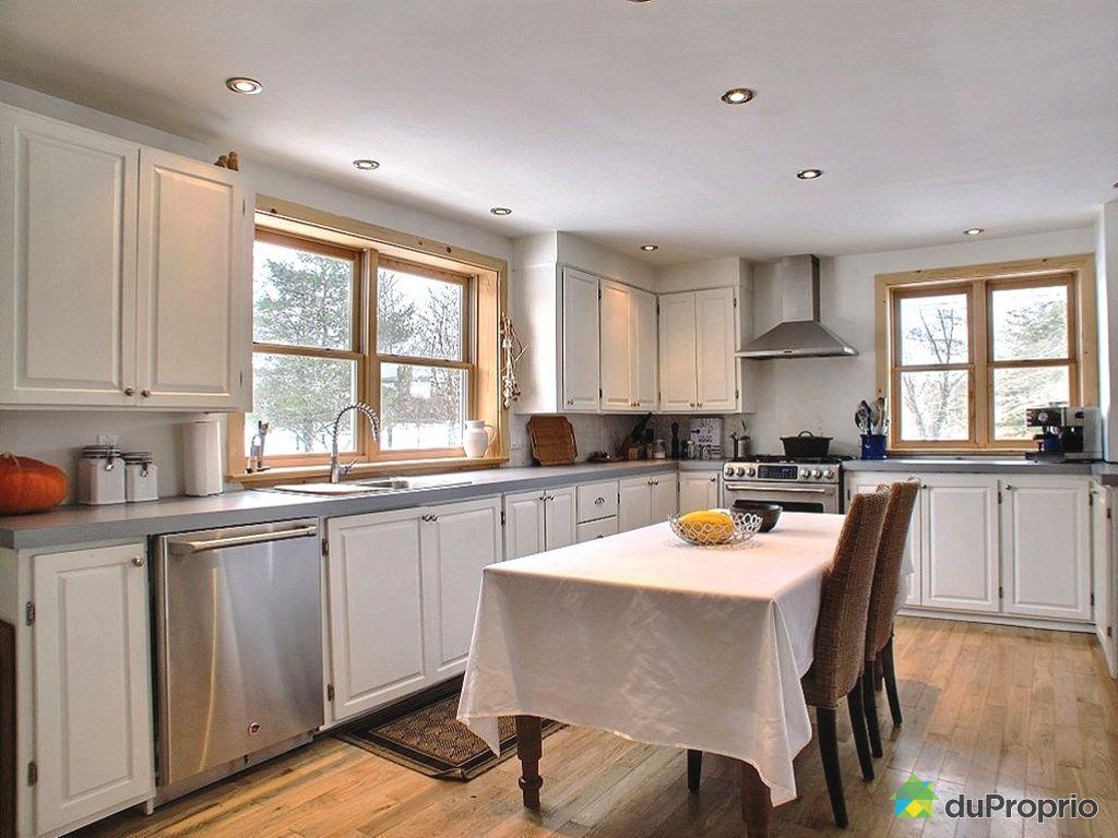 Maison vendre frelighsburg 1 chemin du lac selby - Cuisine maison de campagne ...