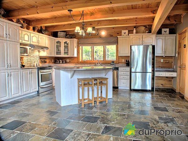 maison vendu val des monts immobilier qu bec duproprio 208580. Black Bedroom Furniture Sets. Home Design Ideas
