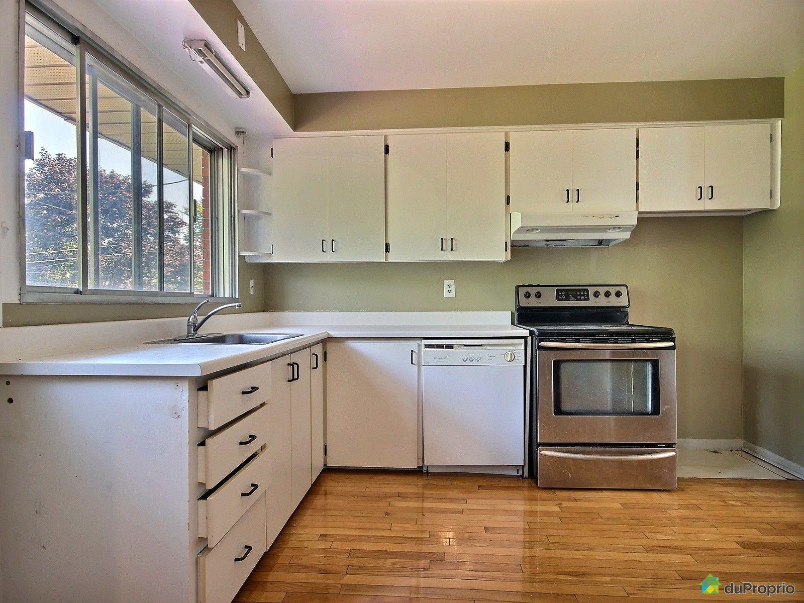 Maison vendre montr al 121 avenue pendennis immobilier for Ares cuisine pointe claire