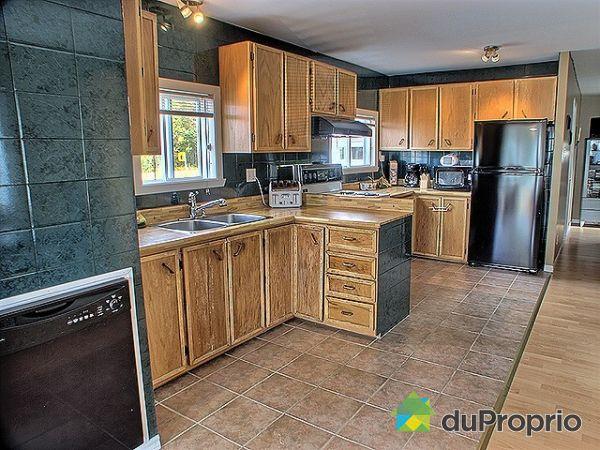 maison vendu charlesbourg immobilier qu bec duproprio 144626. Black Bedroom Furniture Sets. Home Design Ideas