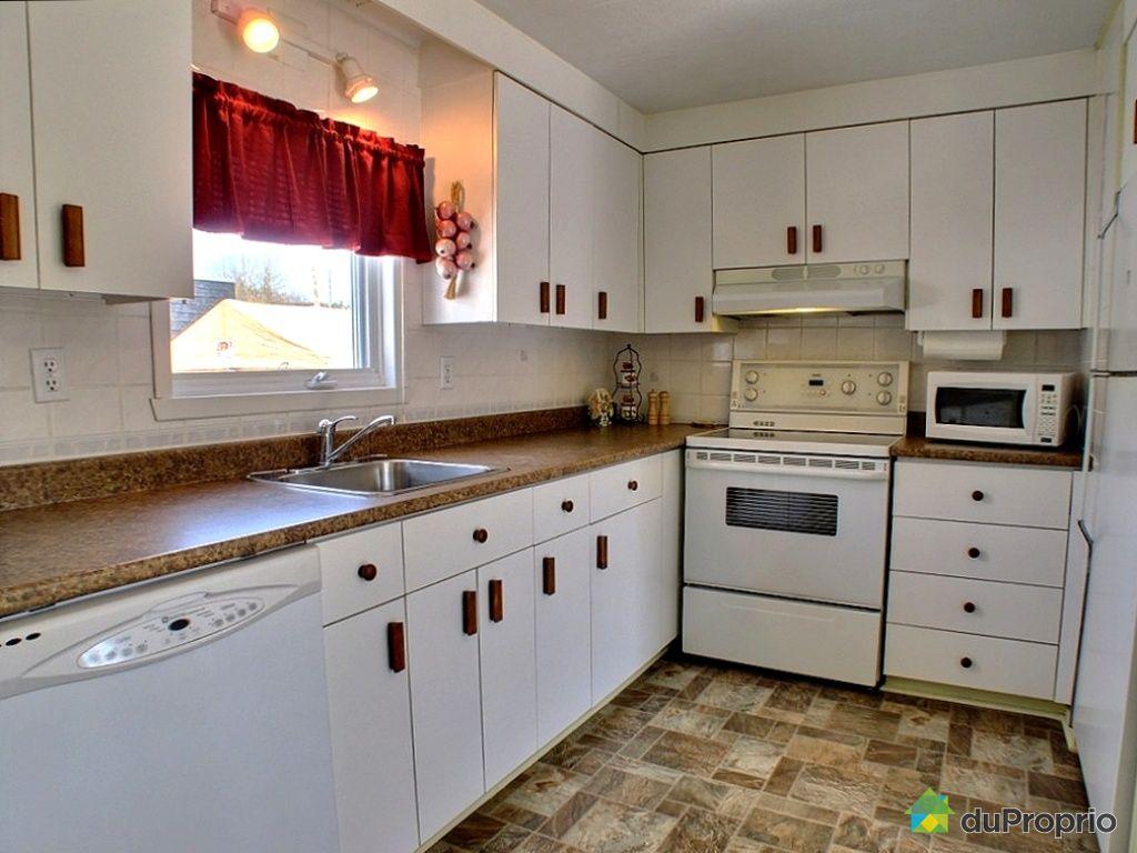 maison vendu ch teau richer immobilier qu bec duproprio 248186. Black Bedroom Furniture Sets. Home Design Ideas