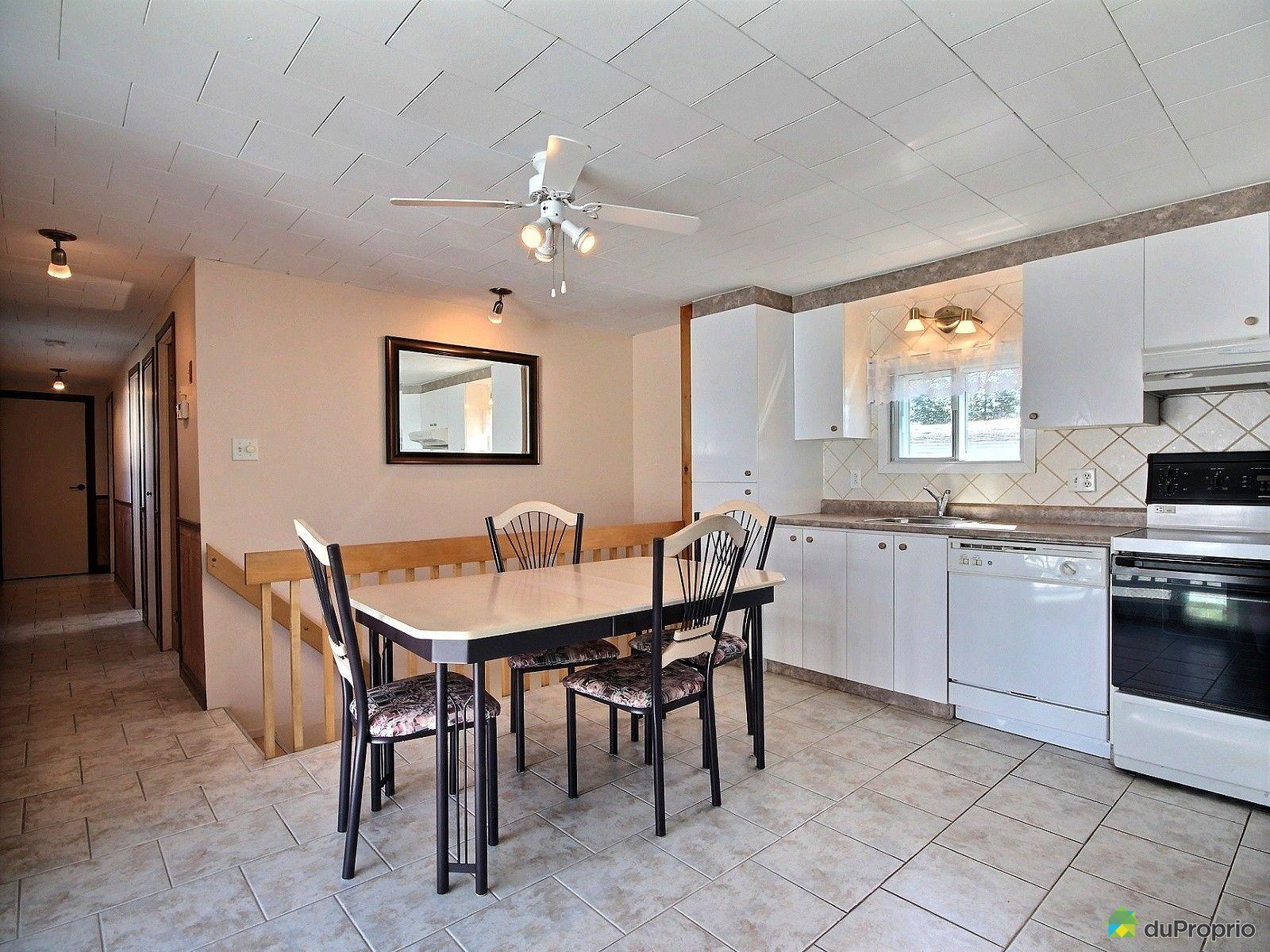 maison vendre jonqui re 2509 rue des verdiers immobilier qu bec duproprio 637538. Black Bedroom Furniture Sets. Home Design Ideas
