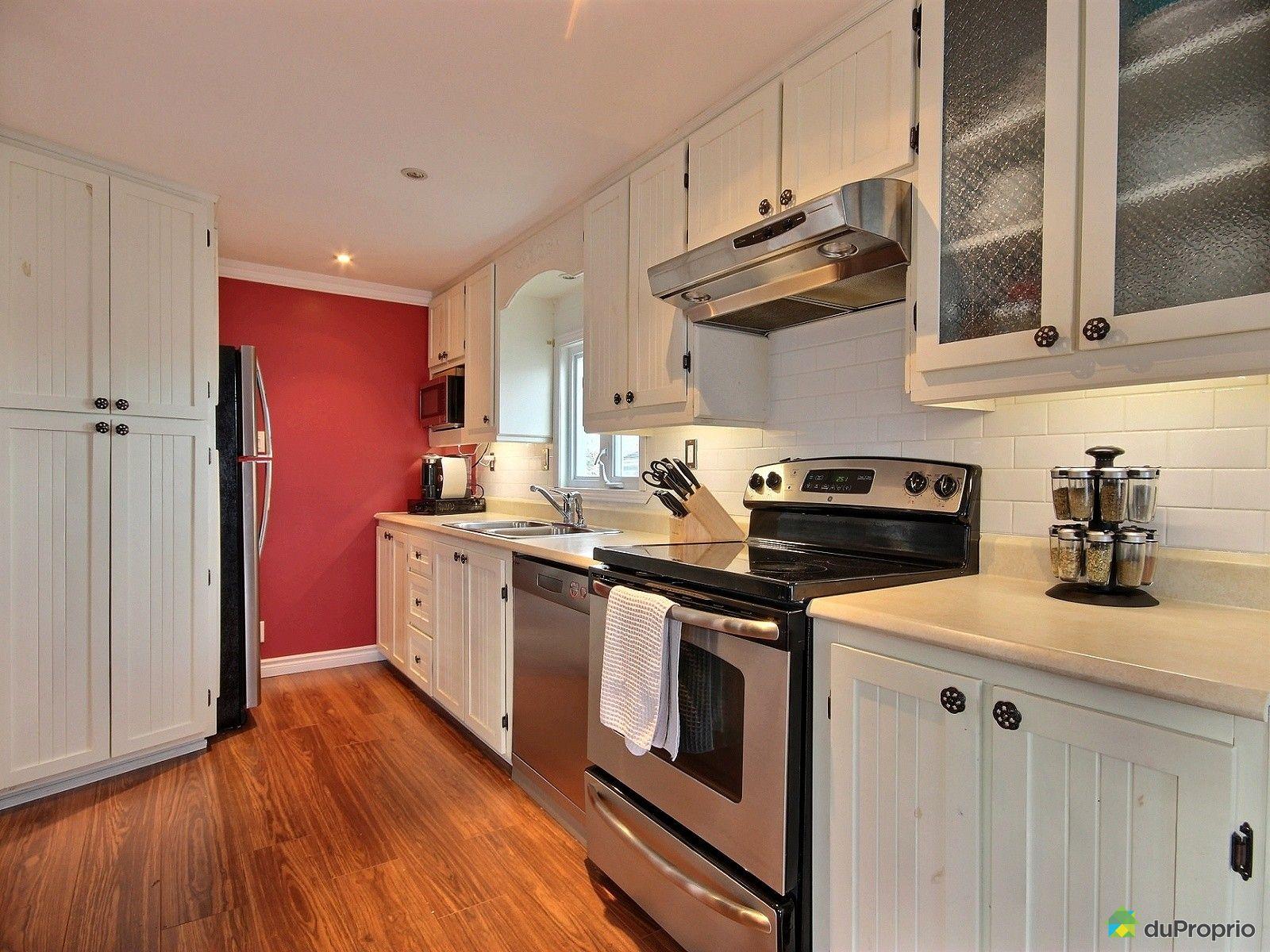 maison vendre l vis 117 rue de la ros e immobilier qu bec duproprio 664853. Black Bedroom Furniture Sets. Home Design Ideas