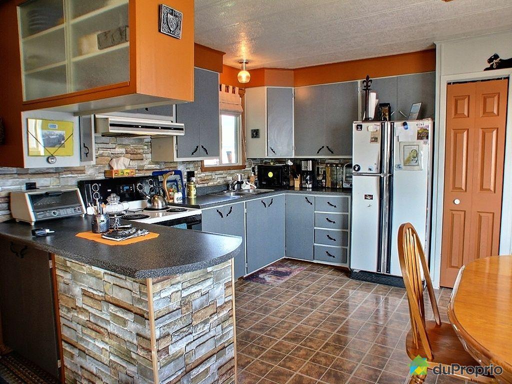 maison vendu l vis immobilier qu bec duproprio 263997. Black Bedroom Furniture Sets. Home Design Ideas