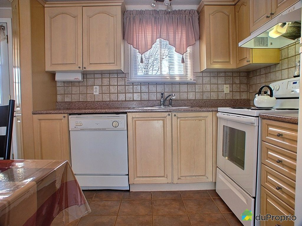 maison vendu st hubert 3950 sir wilfrid laurier 405 immobilier qu bec duproprio 212692. Black Bedroom Furniture Sets. Home Design Ideas