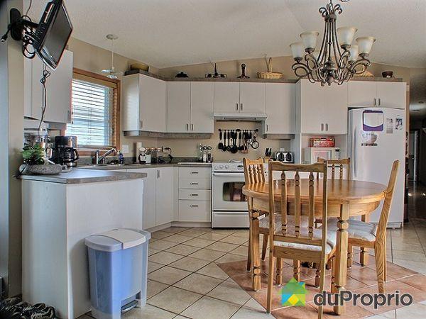 maison vendu st jacques le mineur immobilier qu bec duproprio 186491. Black Bedroom Furniture Sets. Home Design Ideas
