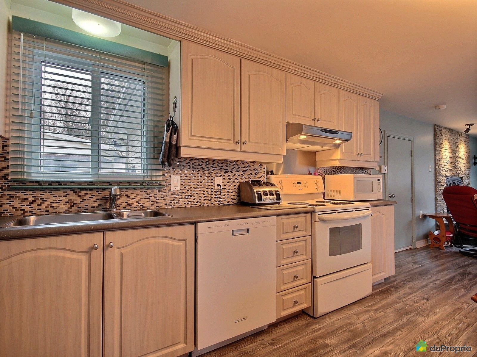 maison vendu st mathieu de laprairie immobilier qu bec duproprio 696091. Black Bedroom Furniture Sets. Home Design Ideas