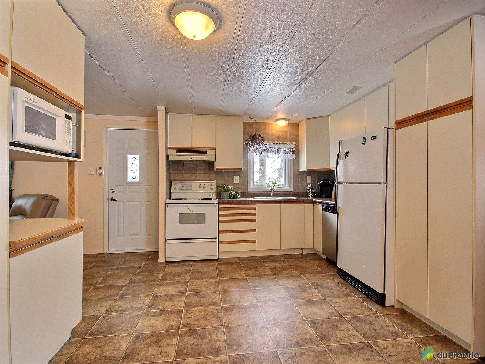 maison vendu st nicolas immobilier qu bec duproprio 691792. Black Bedroom Furniture Sets. Home Design Ideas
