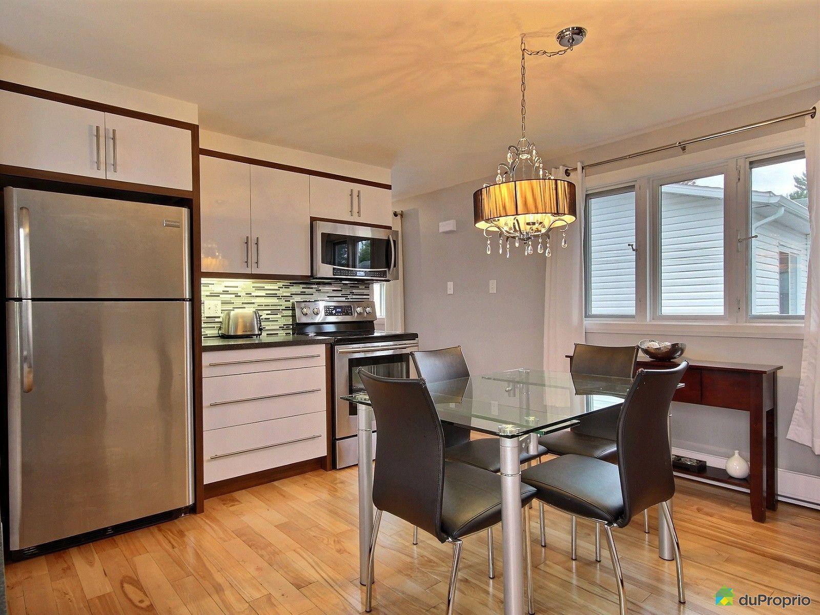 maison vendu trois rivi res immobilier qu bec duproprio 646549. Black Bedroom Furniture Sets. Home Design Ideas