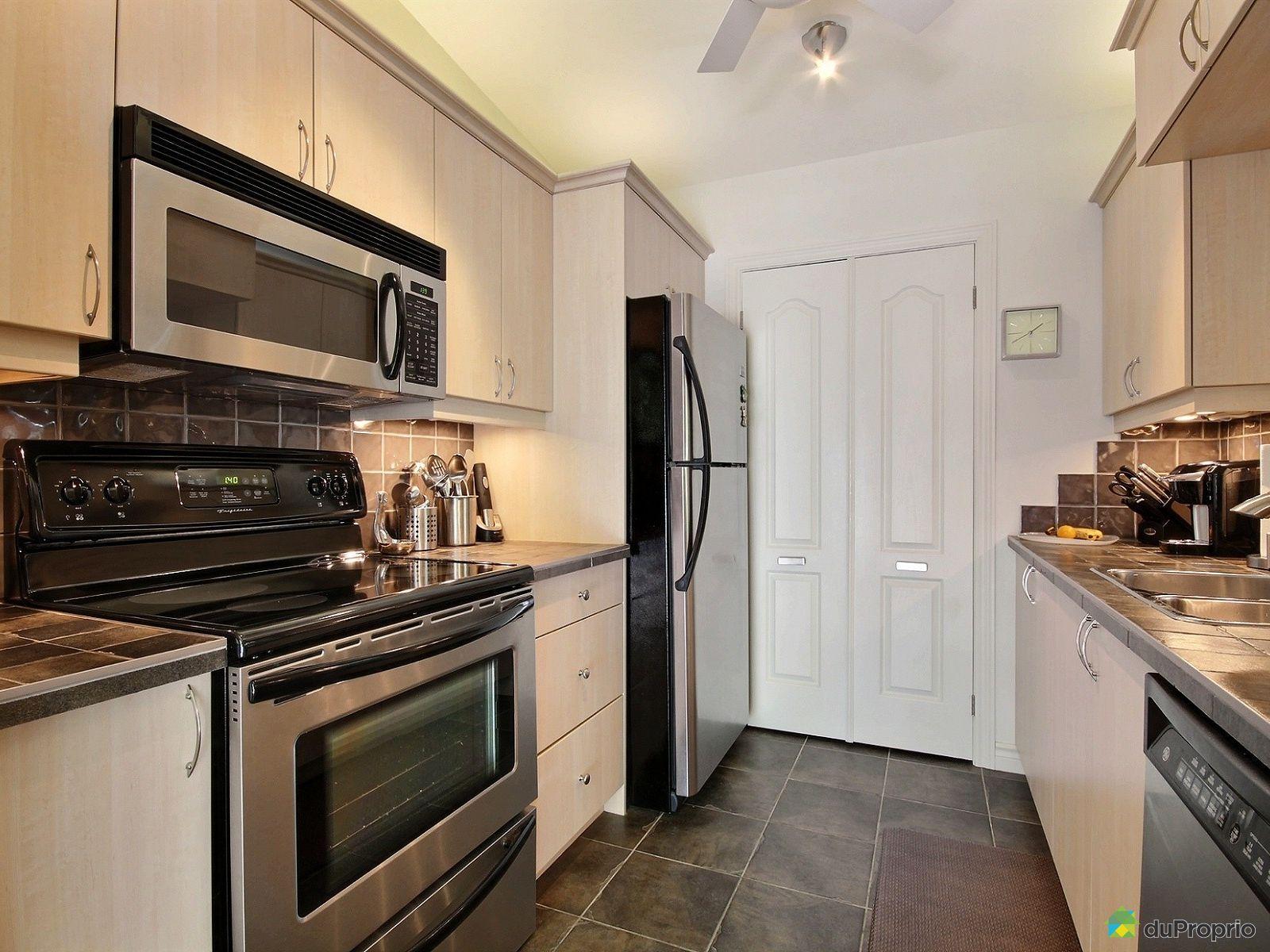 maison vendre venise en quebec 170 rue roger vanier immobilier qu bec duproprio 711861. Black Bedroom Furniture Sets. Home Design Ideas
