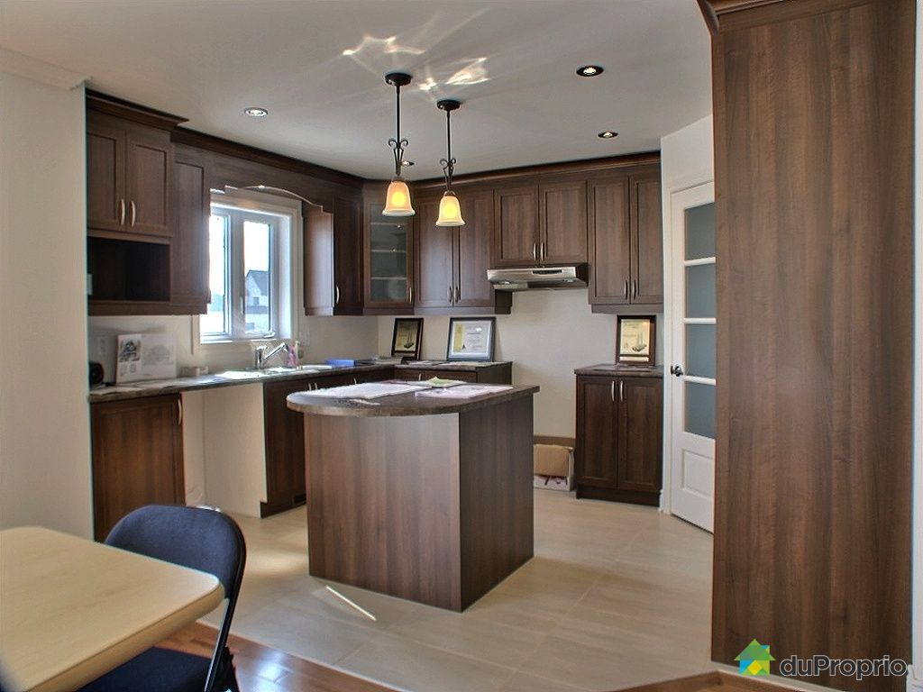 maison neuve vendu chambly immobilier qu bec duproprio 202753. Black Bedroom Furniture Sets. Home Design Ideas
