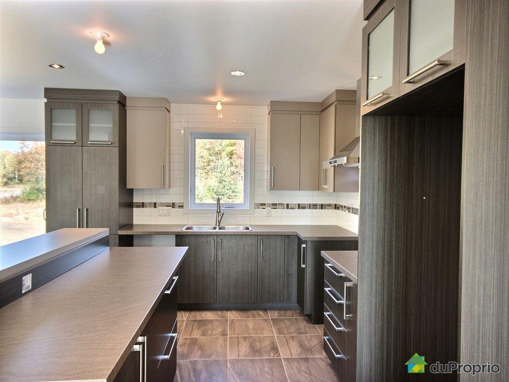 maison neuve vendu drummondville immobilier qu bec duproprio 573546. Black Bedroom Furniture Sets. Home Design Ideas