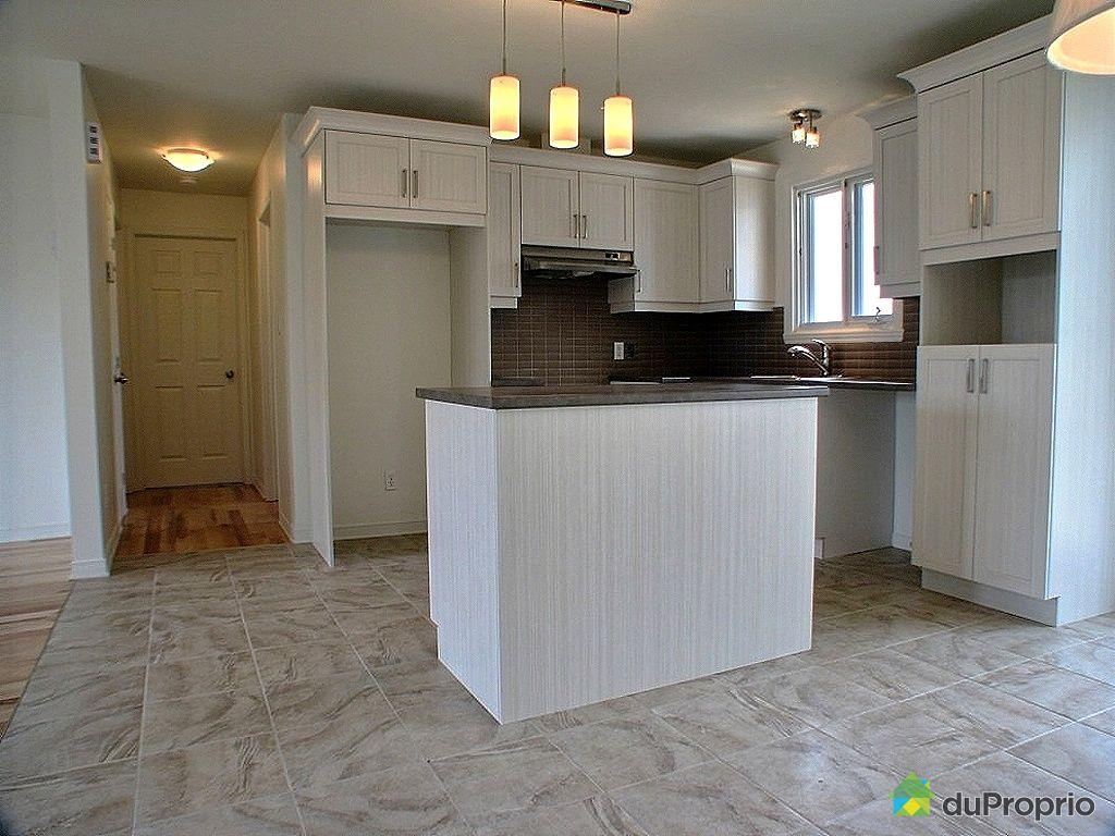 maison neuve vendu richelieu immobilier qu bec duproprio 320768. Black Bedroom Furniture Sets. Home Design Ideas