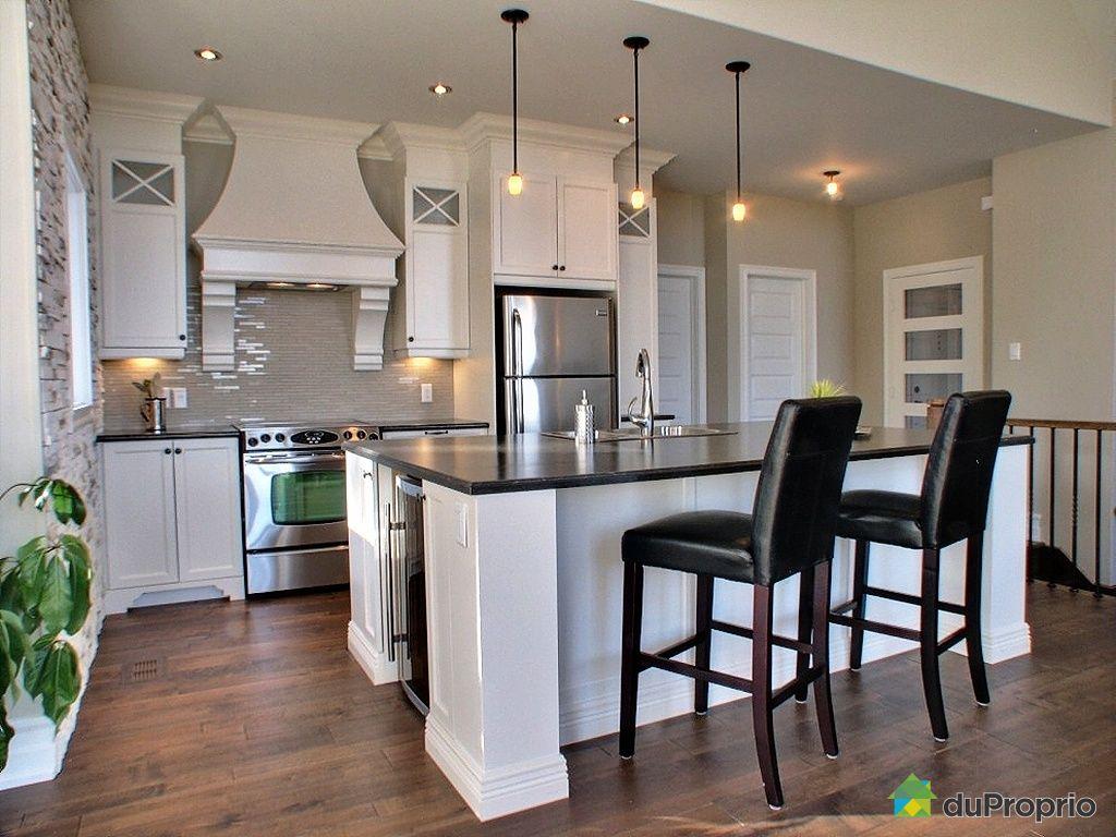maison neuve vendu val david immobilier qu bec duproprio 353963. Black Bedroom Furniture Sets. Home Design Ideas