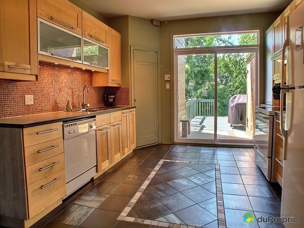 triplex vendu montr al immobilier qu bec duproprio 350778. Black Bedroom Furniture Sets. Home Design Ideas