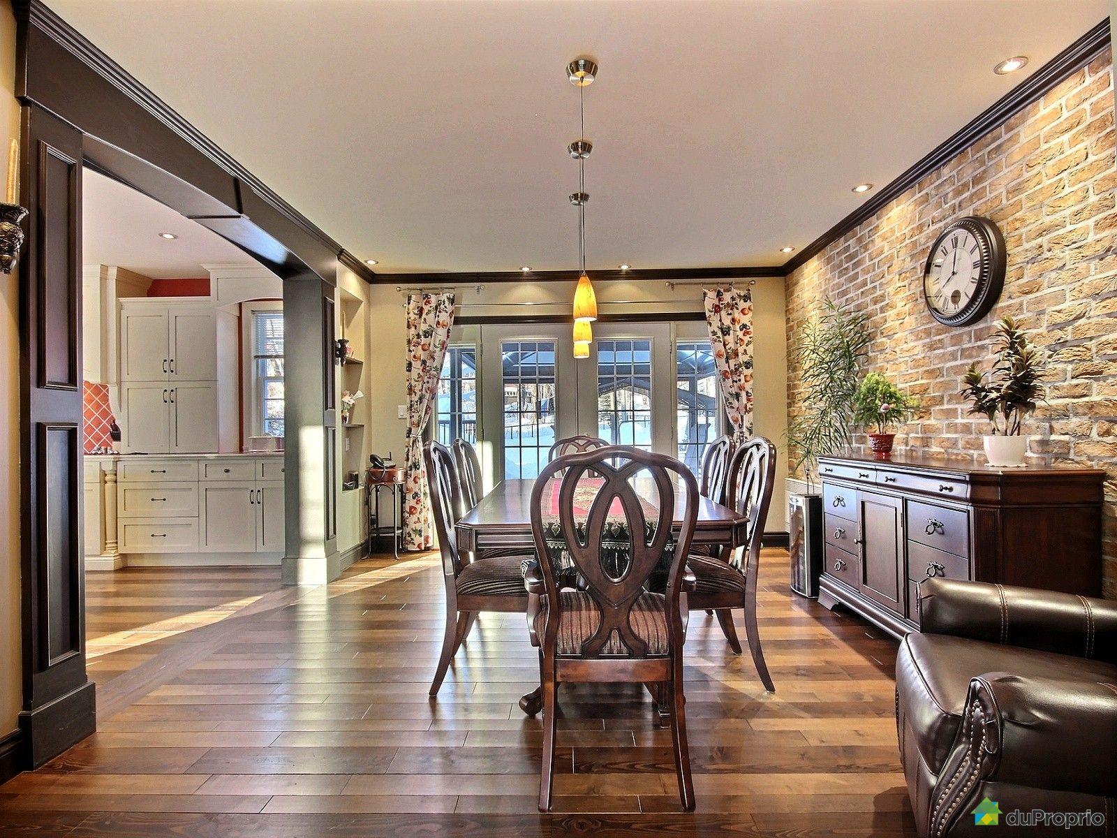 house sold in st mile duproprio 577649. Black Bedroom Furniture Sets. Home Design Ideas
