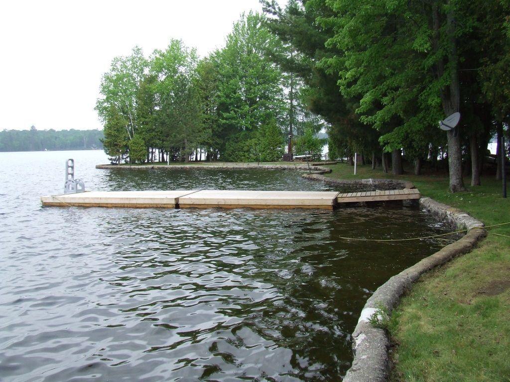 cottage for sale in kinmount 801 island 8 crystal lake. Black Bedroom Furniture Sets. Home Design Ideas