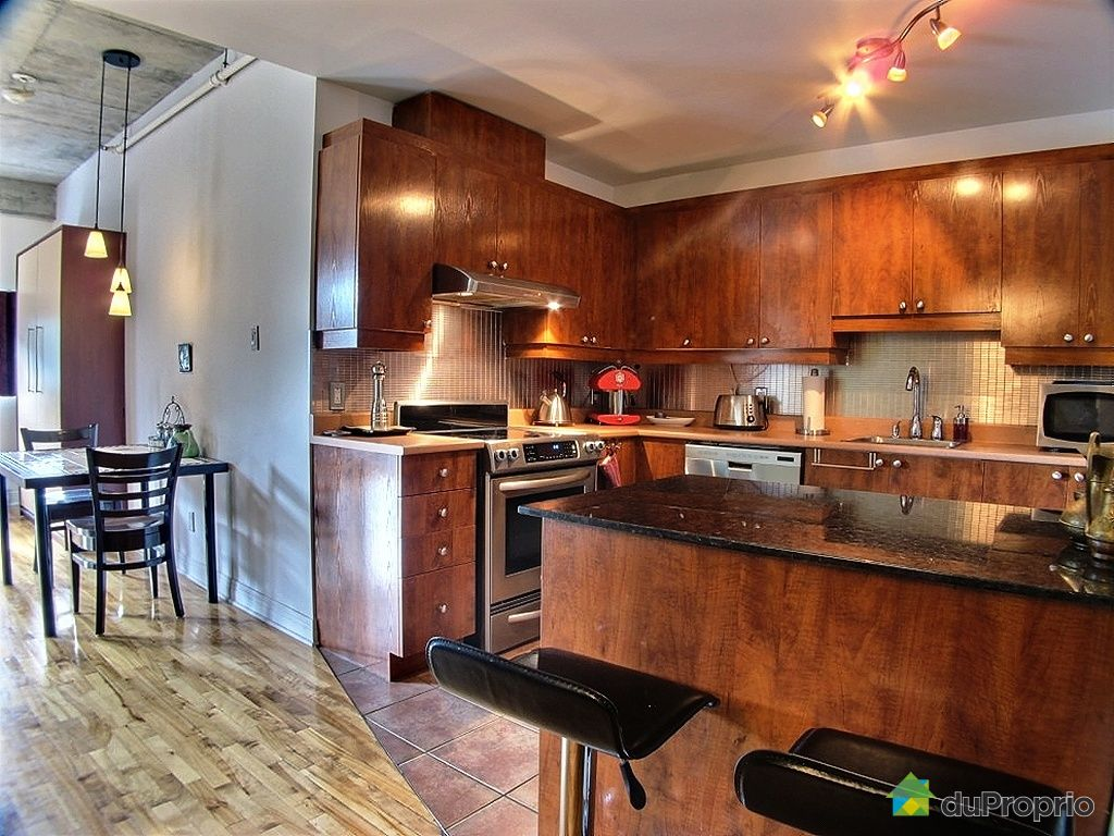Loft sold in montreal duproprio 293409 for Kitchen cabinets quebec