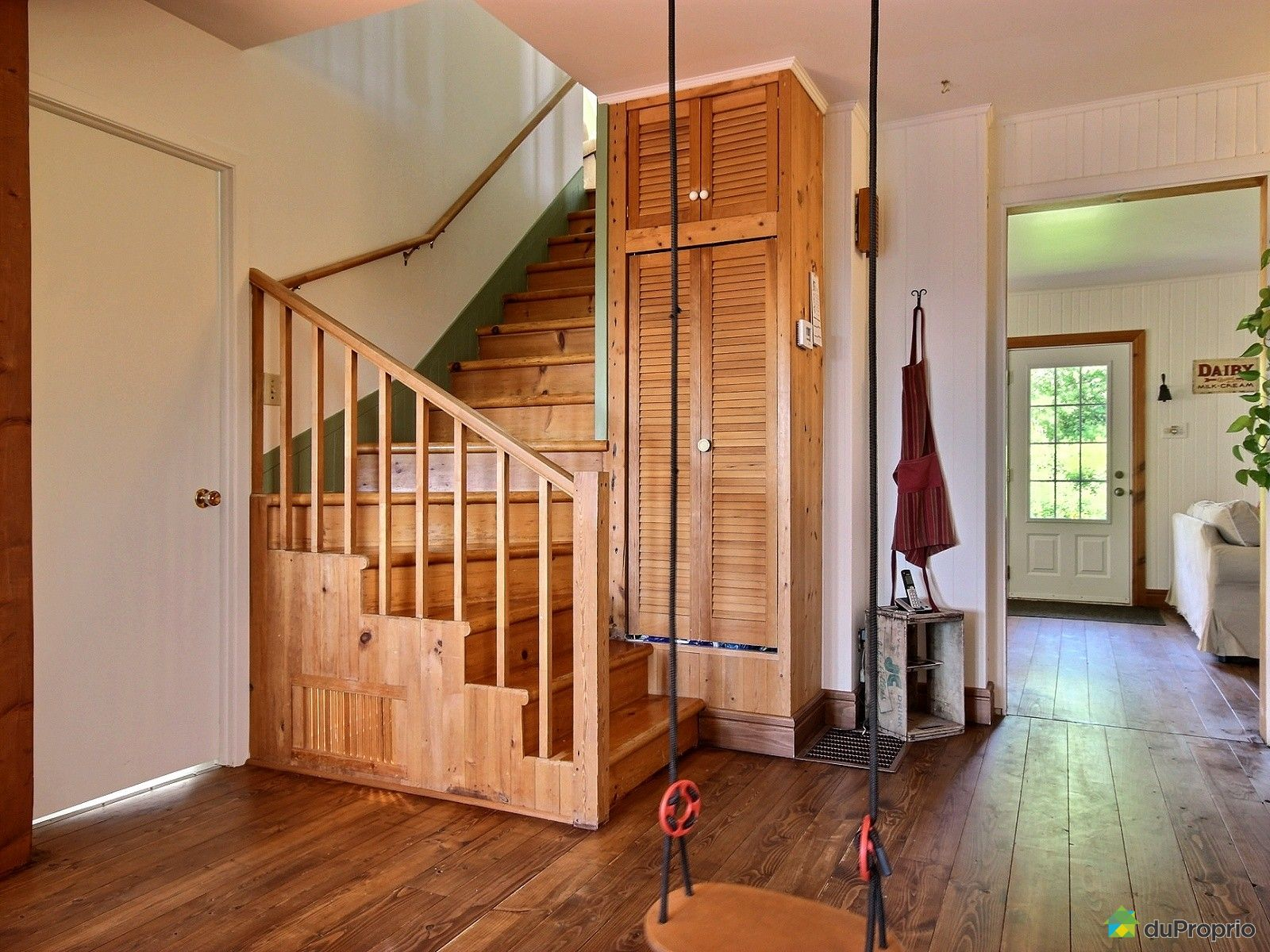 maison vendu ste helene de chester immobilier qu bec. Black Bedroom Furniture Sets. Home Design Ideas