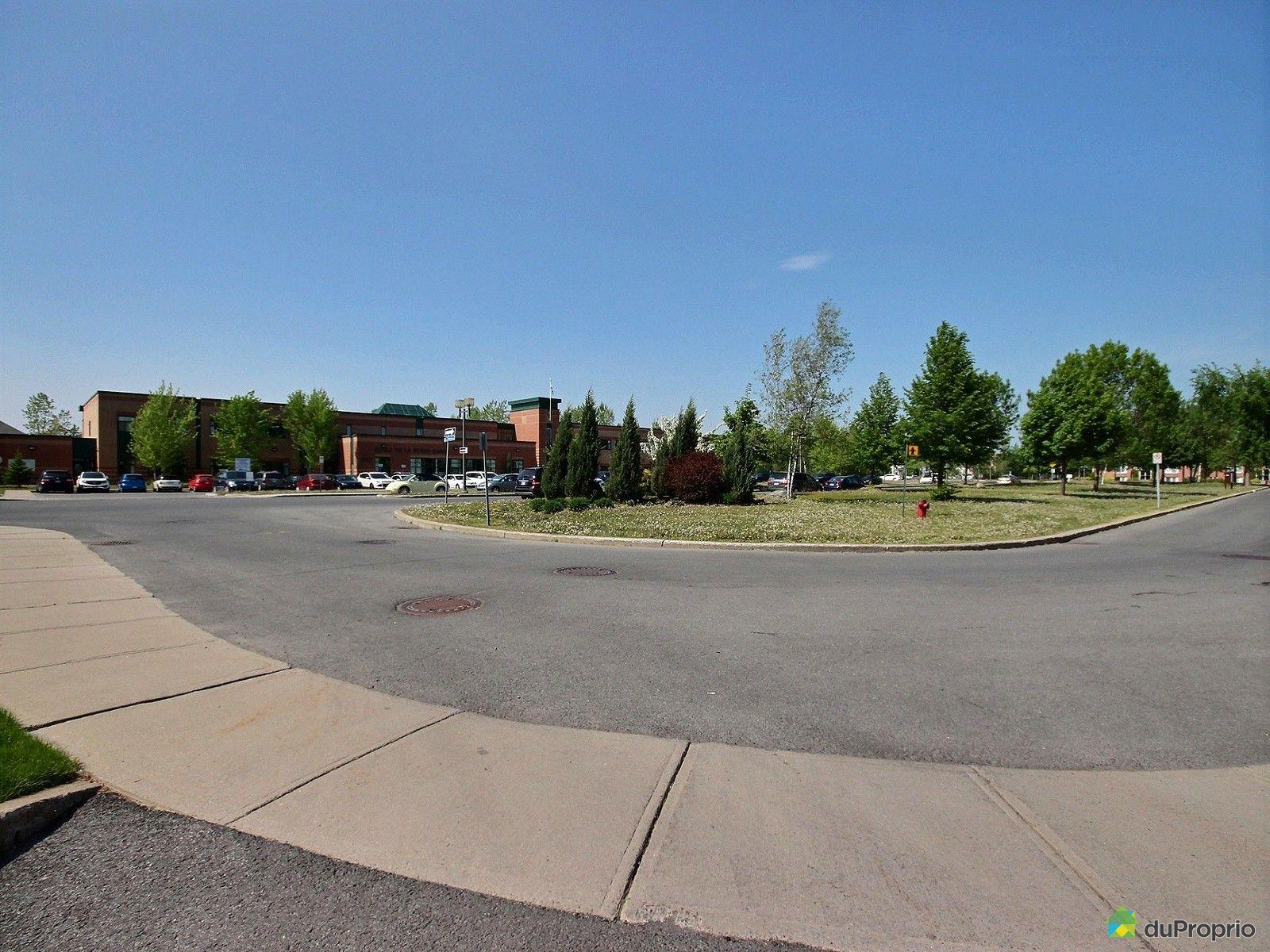 Condo vendre la prairie 7 685 boulevard de palerme for Boulevard exterieur