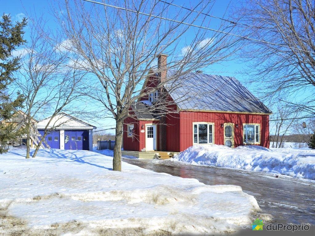 Maison vendre st paul 29 chemin champoux immobilier for Exterieur maison campagne
