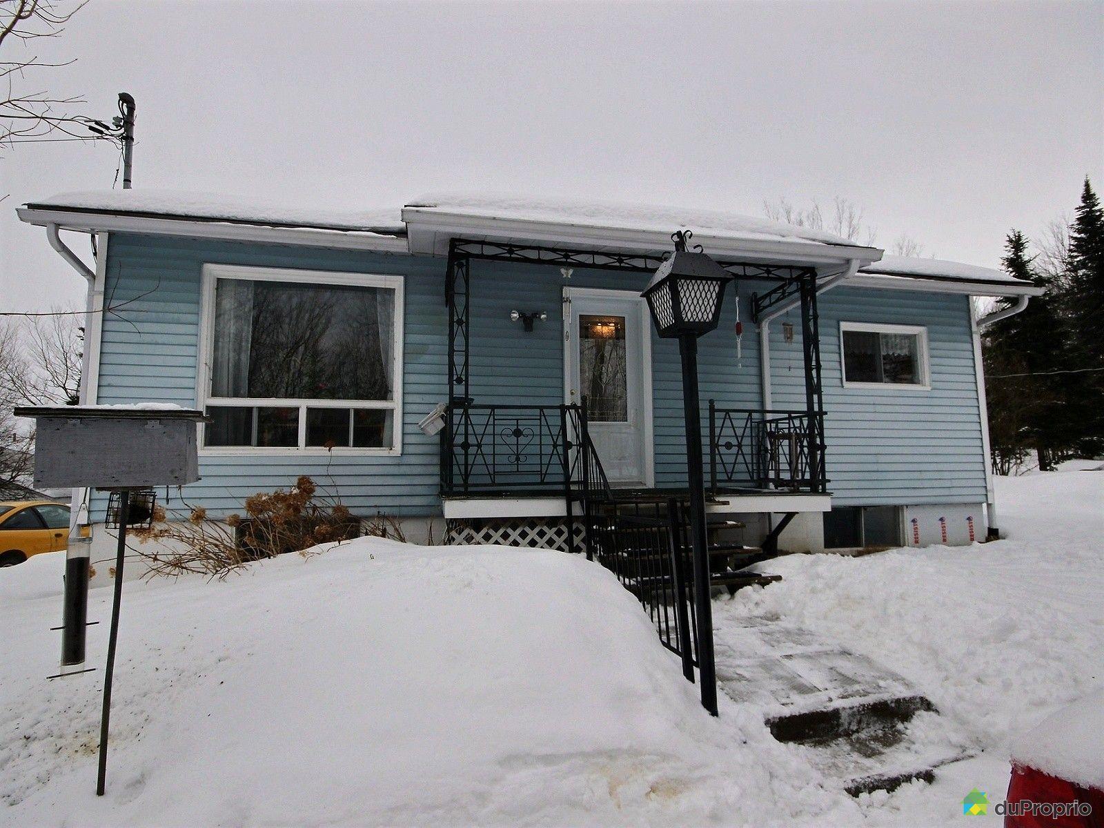 Maison vendre windsor 12 rue beauregard immobilier for Exterieur maison campagne