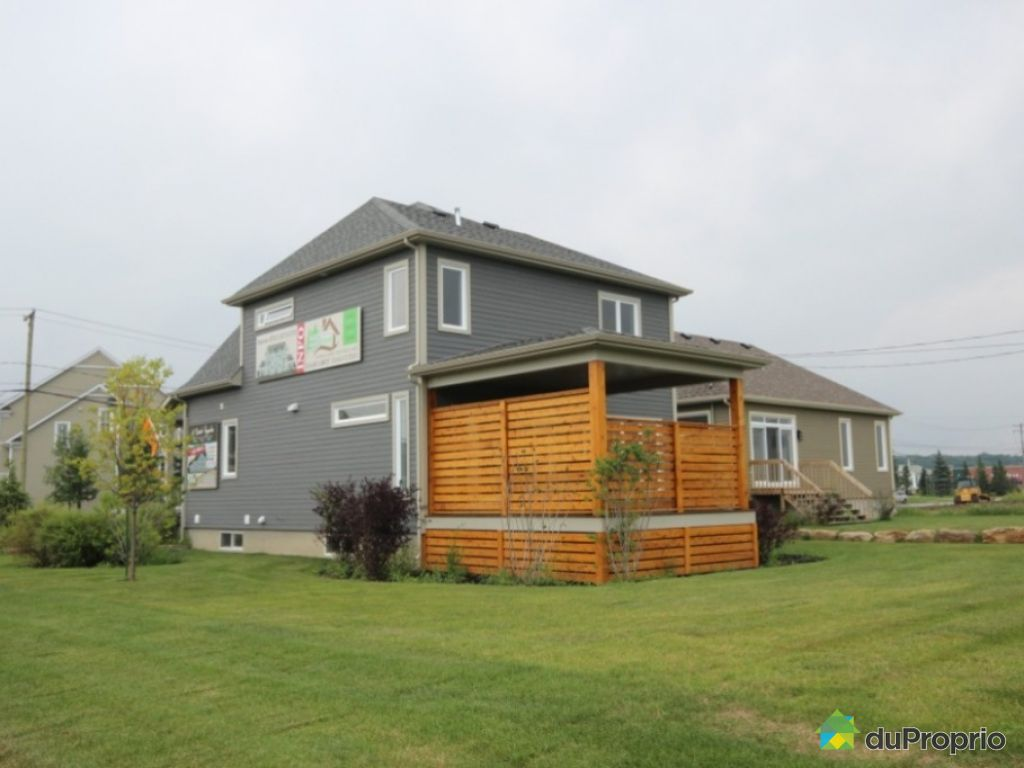 Maison neuve vendre mirabel maison mod le projet le for Exterieur maison neuve