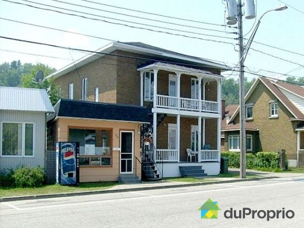 6 unit s ou plus vendu la malbaie immobilier qu bec duproprio 300088 - Facade local commercial ...