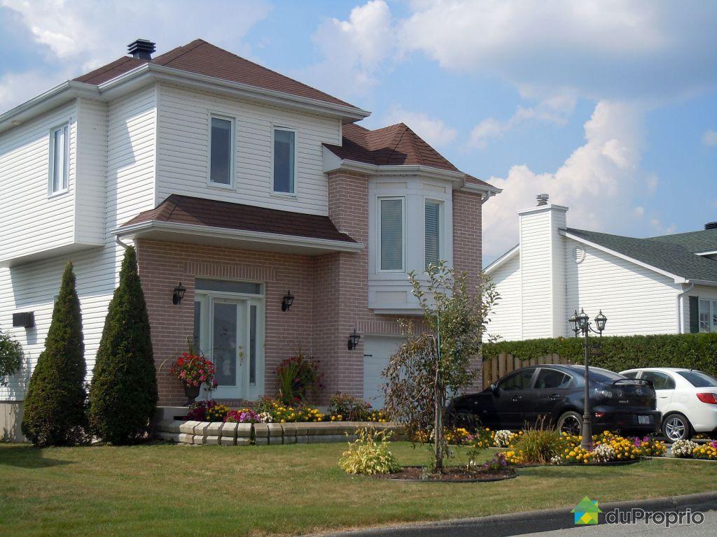 maison vendre sherbrooke 3869 rue de toulon. Black Bedroom Furniture Sets. Home Design Ideas