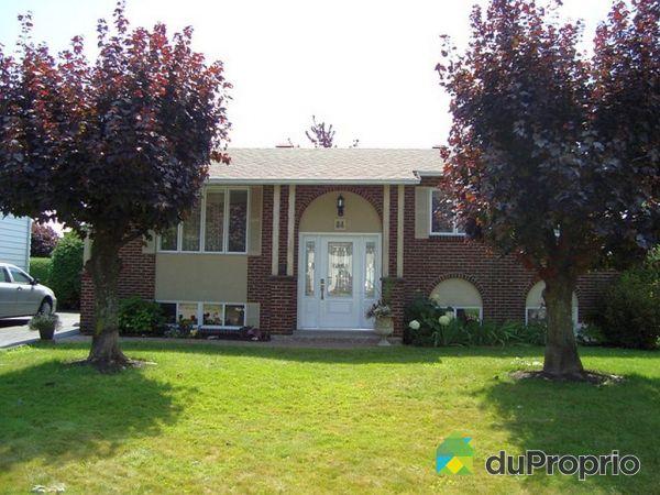 Maison vendu salaberry de valleyfield immobilier qu bec for Porte et fenetre salaberry de valleyfield