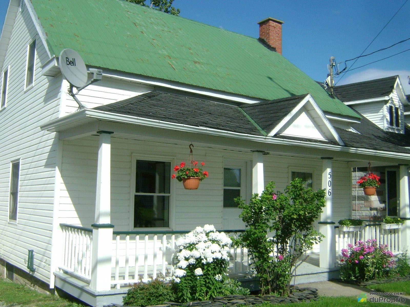 Maison vendre st georges de windsor 506 rue principale for Garage du coteau villeneuve saint georges