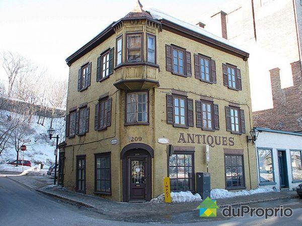 Immeuble revenu logement vendu vieux qu bec immobilier for Acheter maison quebec