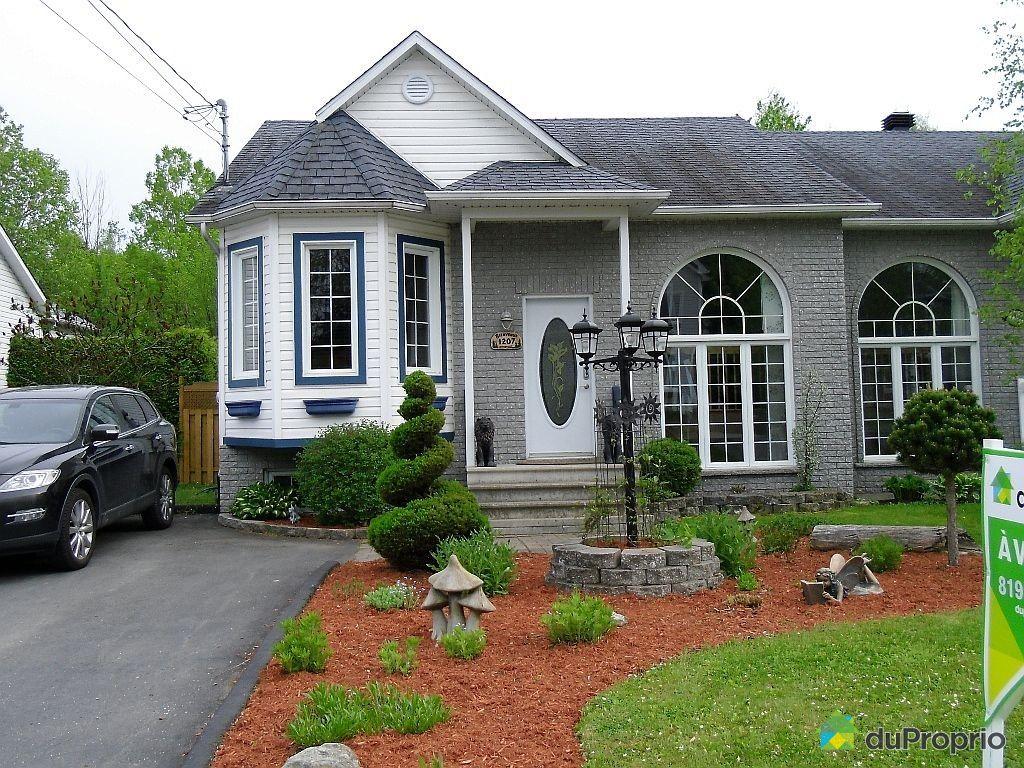 Sherbrooke st lie d 39 orford vendre duproprio for Paysagement exterieur