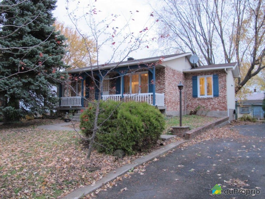 Maison vendu candiac immobilier qu bec duproprio 470937 for Maison moderne a vendre candiac