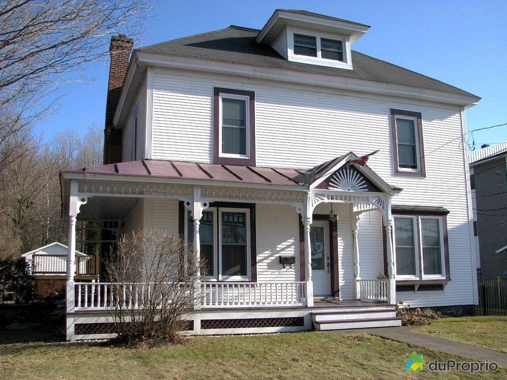 maison vendre granby 226 rue denison ouest immobilier qu bec duproprio 318711. Black Bedroom Furniture Sets. Home Design Ideas
