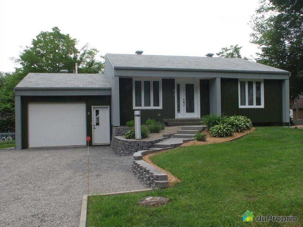 maison vendu ile d 39 orleans ste p tronille immobilier qu bec duproprio 261560. Black Bedroom Furniture Sets. Home Design Ideas