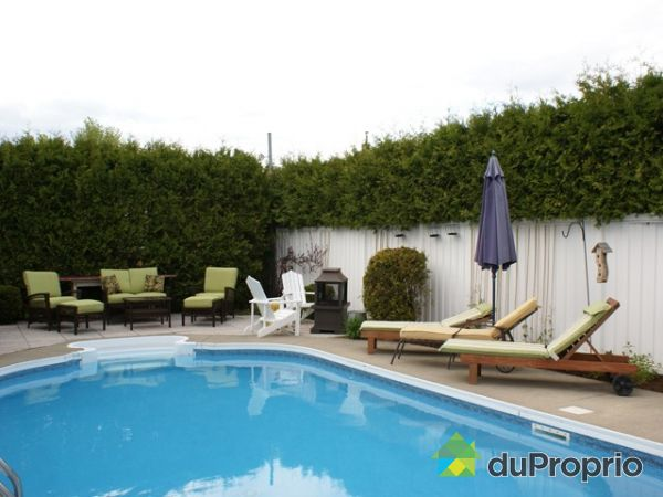 Maison vendu lebourgneuf immobilier qu bec duproprio for Balayeuse piscine creusee