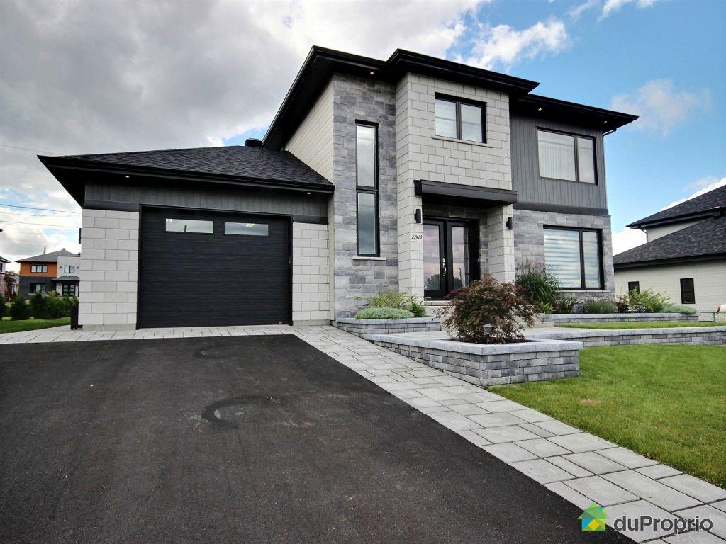 garage de maison free familiale bureau de chambre maison s avec terrasse garage et plan with. Black Bedroom Furniture Sets. Home Design Ideas