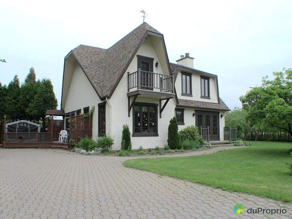 Maison en bois quebec maison moderne for Maison moderne qc