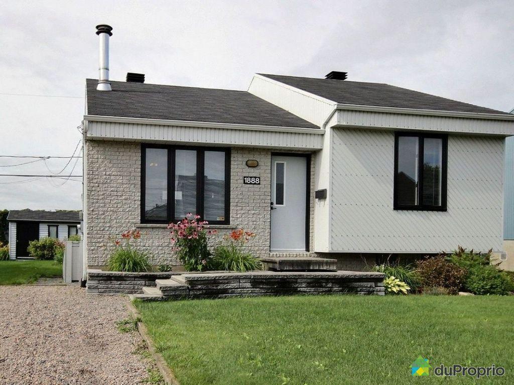Maison vendre qu bec 1888 rue des gen vriers for Achat de maison quebec