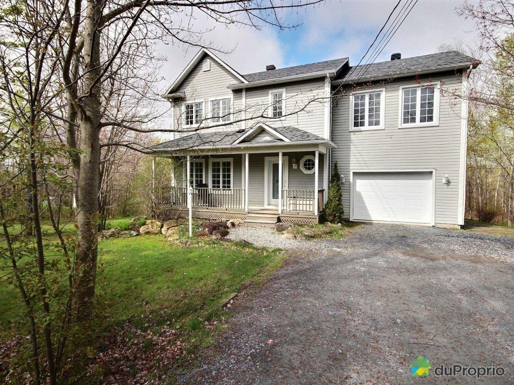 Maison a vendre avec bureau sherbrooke maison à étages à
