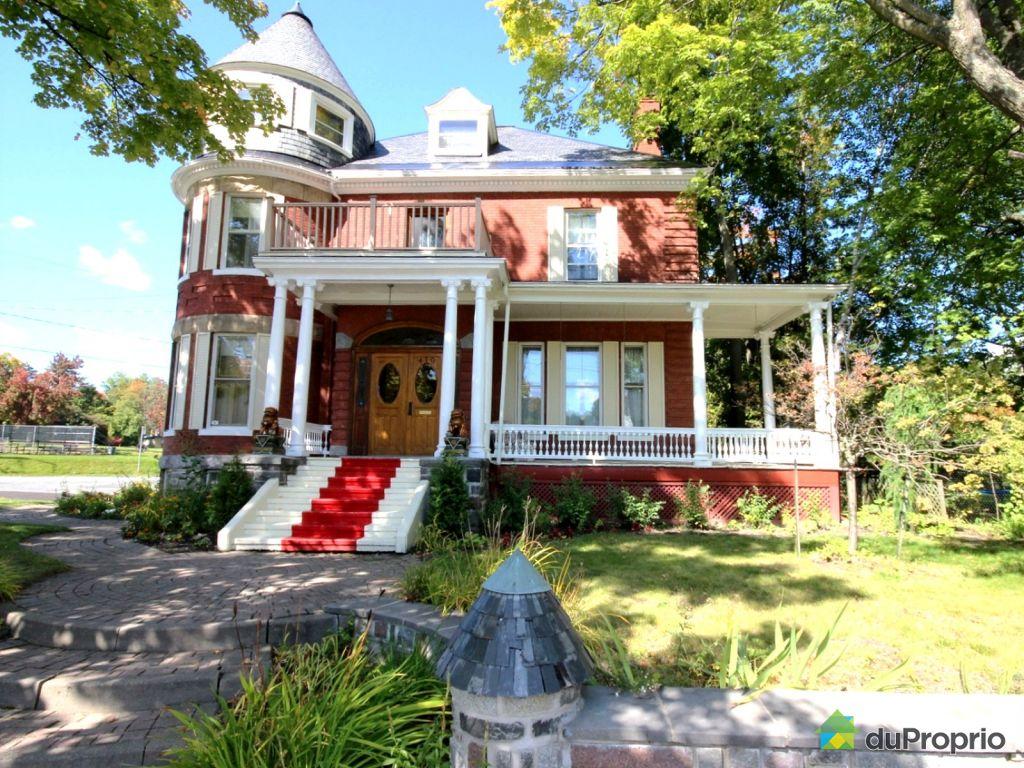 Maison vendre sherbrooke 419 rue moore immobilier for Chambre a louer sherbrooke sans bail