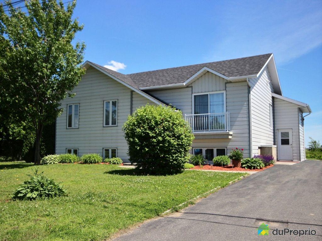 maison 224 vendre st cyrille de wendover 3820 rue joseph immobilier qu 233 bec duproprio