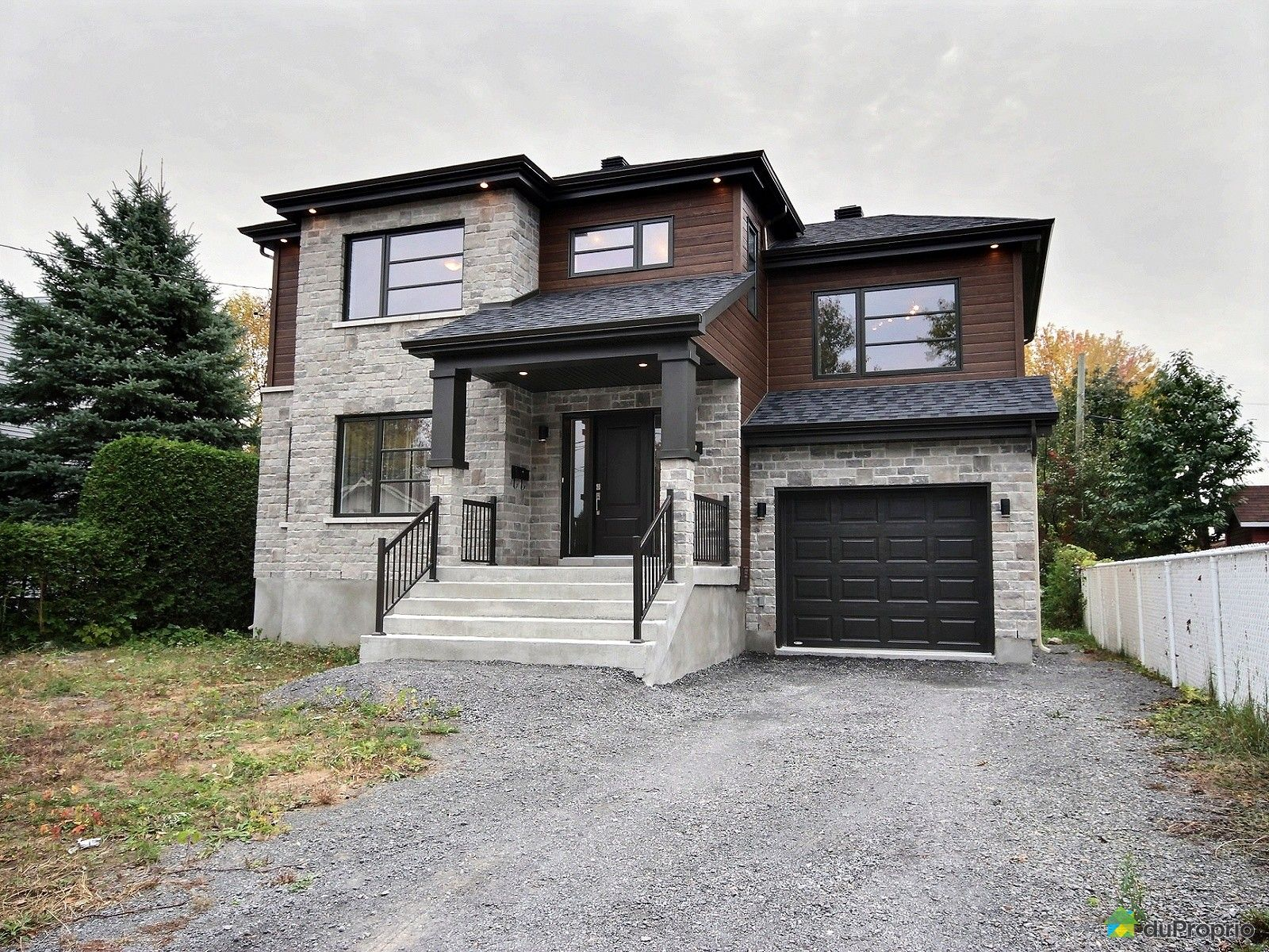 8220 rue fanny st fran ois vendre duproprio for Location garage laval
