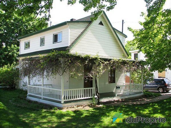 maison vendu ste rose immobilier qu bec duproprio 185163. Black Bedroom Furniture Sets. Home Design Ideas