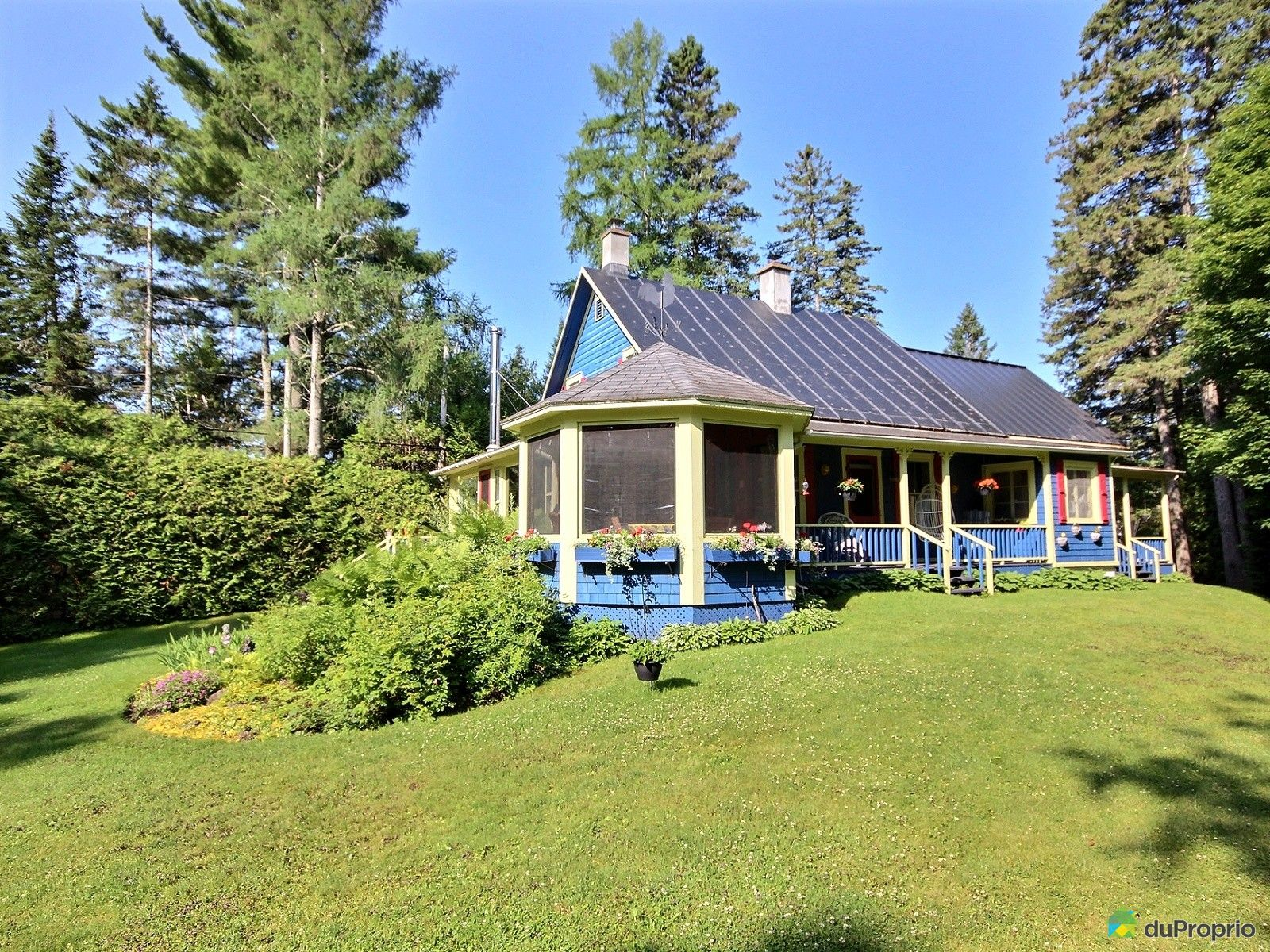 Maison a vendre lac morin quebec proprietes etangs a for Acheter maison montreal quebec